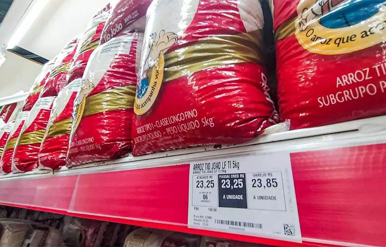 Inflação nos alimentos leva governo a questionar supermercados e  fornecedores